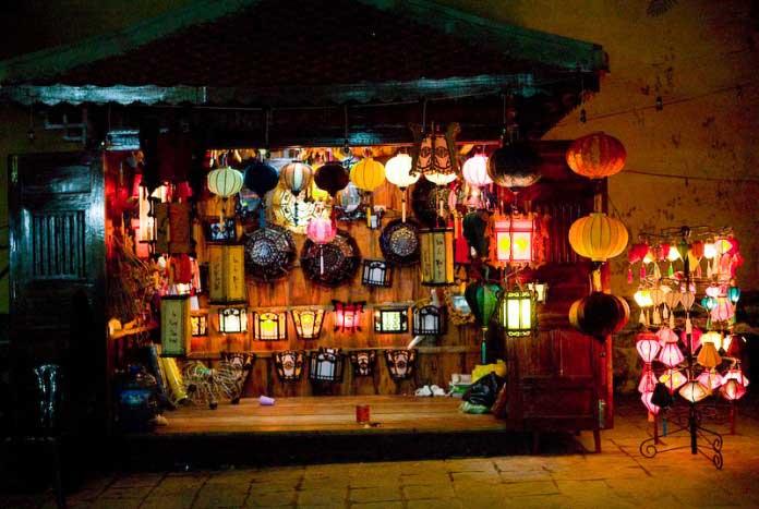 Chợ đêm tại Hội An