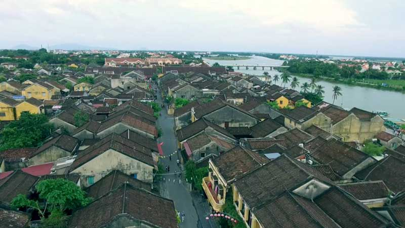 Từ sân bay Đà Nẵng đi Hội An như thế nào?