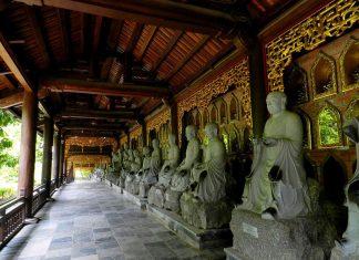 Kinh nghiệm đi chùa Bái Đính cần chuẩn bị những gì