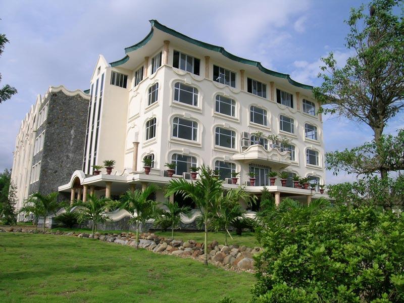 Khách sạn Thái Dương Hồ Núi Cốc
