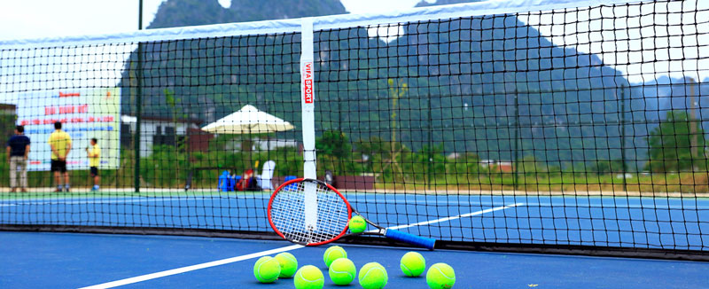 sân tennis tại Serena Resort
