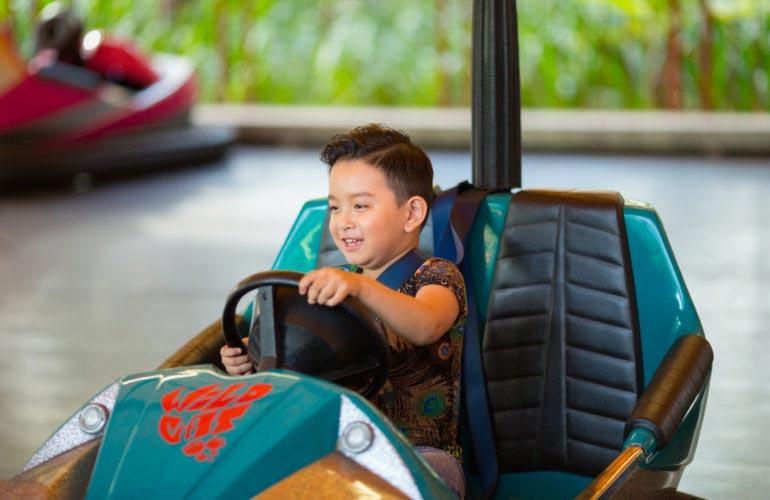 Trò chơi Angry Motors tại Công viên Châu Á
