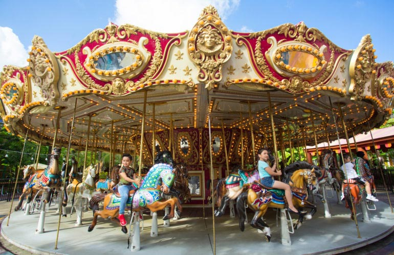 Trò chơi Festival Carousel công viên Châu Á