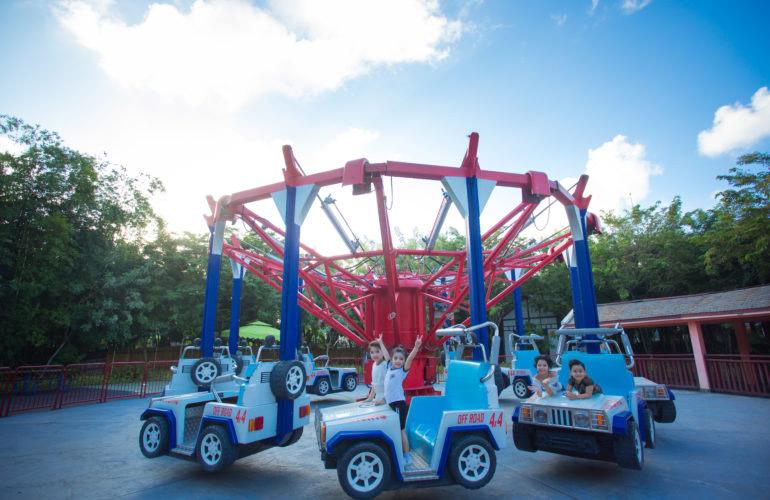 Trò chơi Kabuki Trucks tại Công viên Châu Á