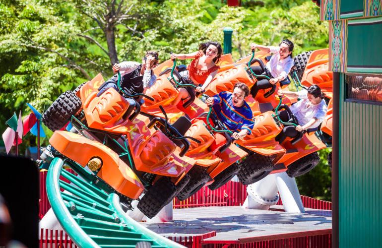 Trò chơi Paradise Fall tại Công viên Châu Á