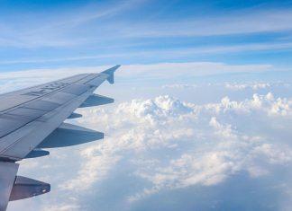 cách thư giản khi đi máy bay
