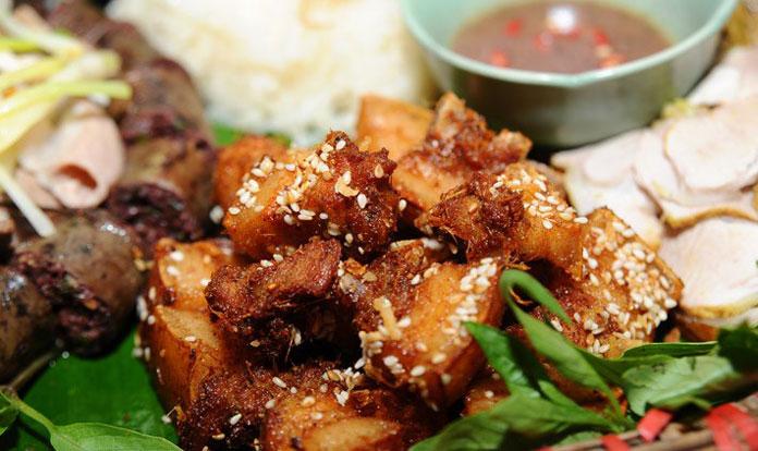 Thịt lợn kép cây rừng nướng đặc sản Mù Cang Chải
