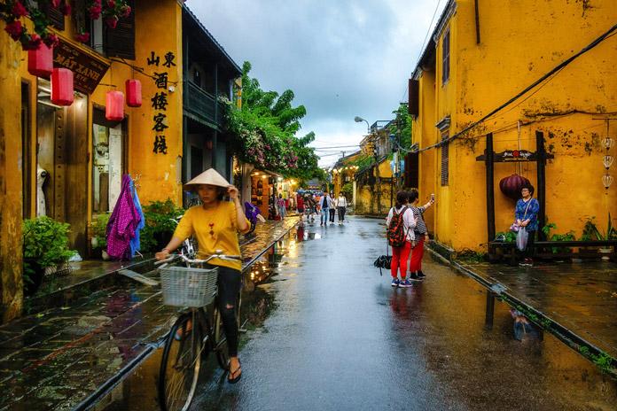 mùa mưa ở hội an
