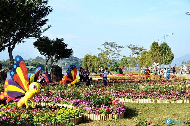"""Top 15 địa điểm du lịch đẹp """"hút hồn"""" ở Đà Lạt"""
