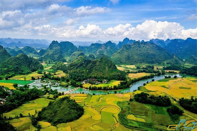 """Chinh phục các điểm du lịch ở Cao Bằng """"hót hòn họt"""" 2021"""