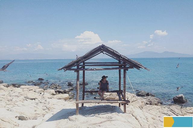 bãi tắm đôi Hòn Nội Nha Trang