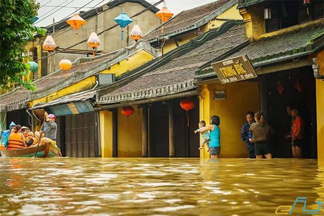 Cẩm nang du lịch Hội An 2018: hội an mùa mưa