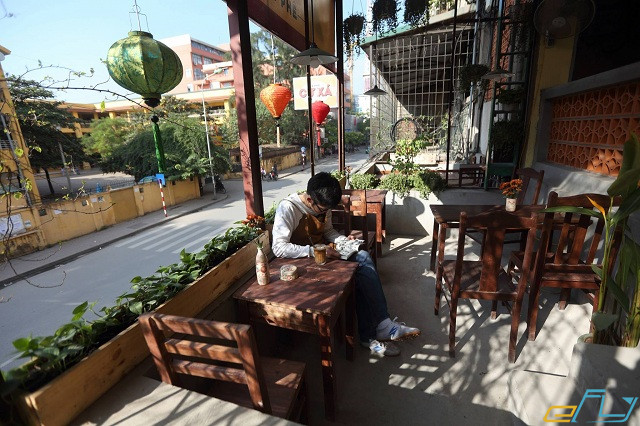 quán cà phê cổ Hà Nội:  Cafe Cư Xá