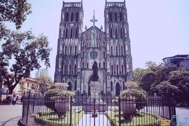 hà nội và các địa điểm ưu thích: nhà thờ lớn hà nội