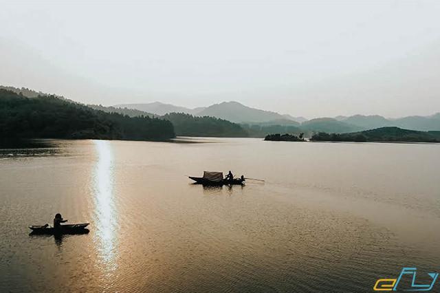 địa điểm du lịch ở Bắc Giang khu du lịch khuôn thần