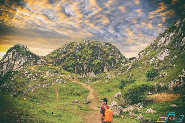 điểm du lịch ngoại thành hà nội núi trầm yêu thích