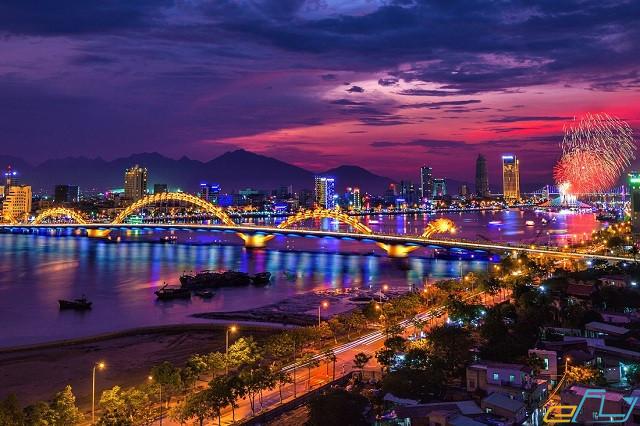 Save ngay 9 điểm vui chơi ban đêm ở Đà Nẵng