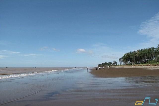 địa điểm du lịch gần cần thơ biển ba đông bãi cát dài ở biển ba động trà vinh