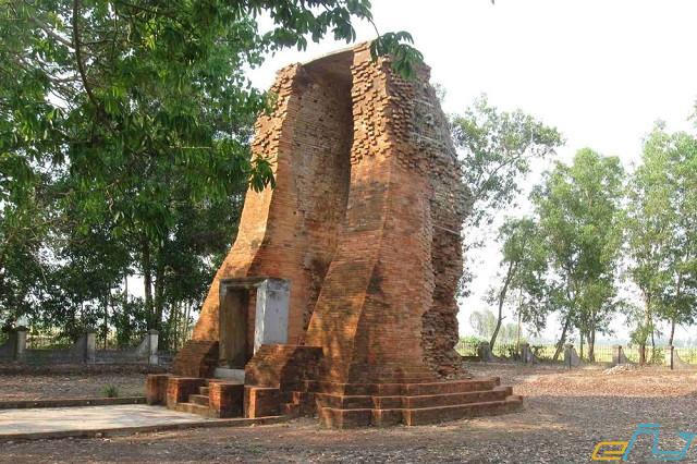 điểm đến du lịch bạc liêu: tháp cổ vĩnh hưng