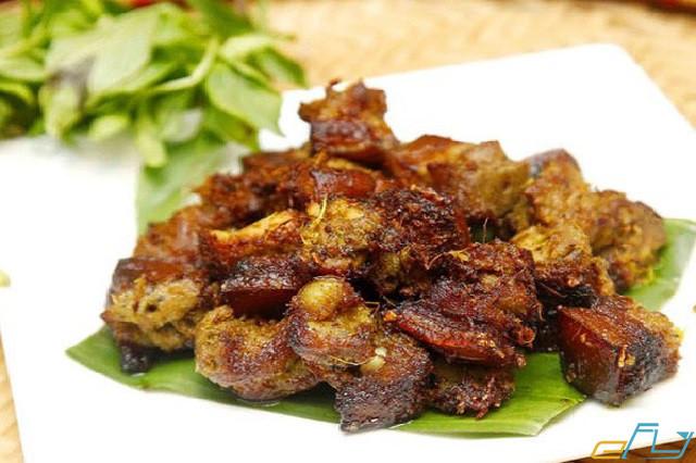 cẩm nang du lịch hồ Thung Nai: lợn mường