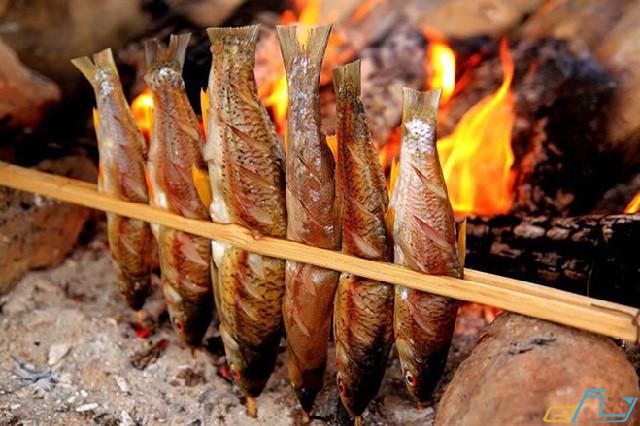 cẩm nang du lịch hồ Thung Nai: cá sông đà nướng