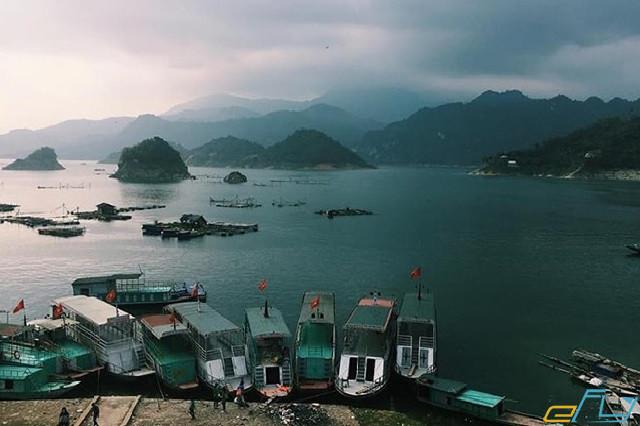 cẩm nang du lịch hồ Thung Nai bằng thuyền