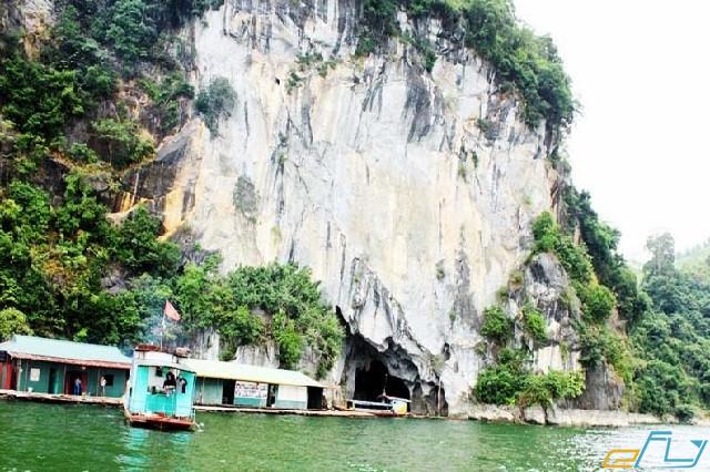 cẩm nang du lịch hồ Thung Nai: động thác bờ